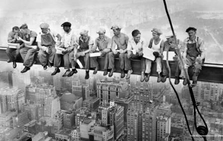 lunch-atop-a-skyscraper-wallpaper_156154906